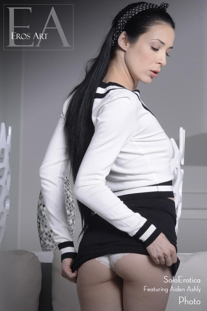 Soloerotica - Aiden Ashley